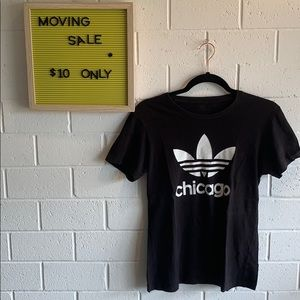 🎉MOVING SALE adidas original Chicago tee size L🎉
